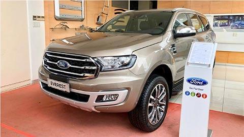 Ford Everest giảm giá sốc, đối đầu Hyundai Santa Fe, Toyota Fortuner