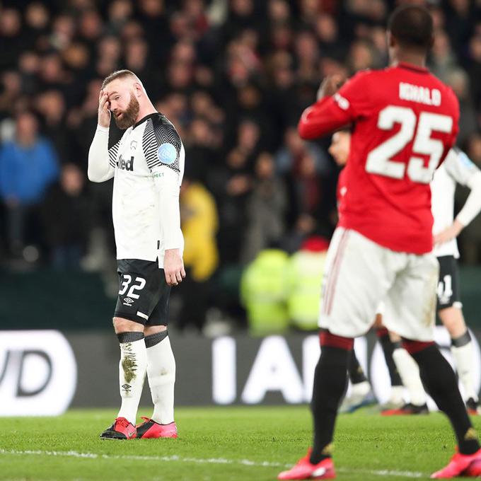 Ighalo đã tỏa sáng rực rỡ trong ngày đối đầu với Rooney