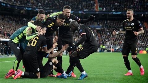 Những gã quý tộc béo phì ở Champions League