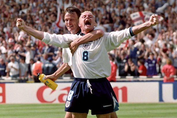 Gazza hay G8 là một trong những số 8 huyền thoại của bóng đá Anh mặc dù chơi tiền đạo