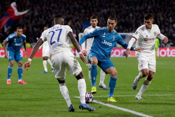 Juve bị Lyon cầm hoà ở trận lượt đi dù có Ronaldo lừng lẫy