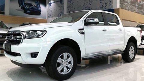 Ford Ranger giảm giá sốc tại VN, đấu Mitsubishi Triton, Mazda BT-50