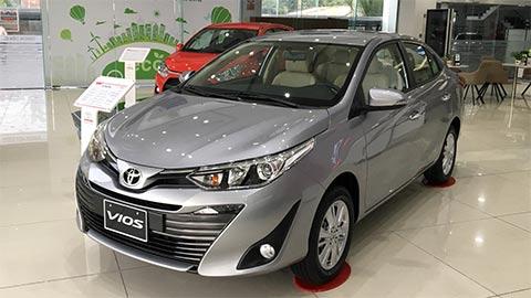"""Toyota Vios trở lại """"ngôi vương"""", đè bẹp Hyundai Grand i10, Accent, Xpander giá rẻ"""