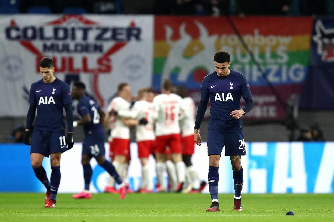 Tottenham bị loại khỏi Champions League với tổng tỉ số 0-4