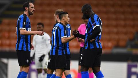 2 trận đấu ở Europa League phải hoãn vì Covid-19