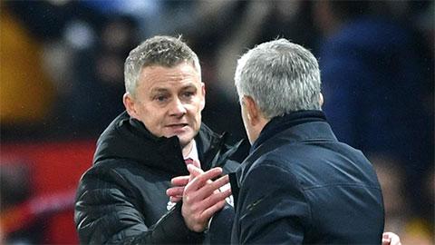 HLV Solskjaer phải vất vả dọn dẹp 'bãi chiến trường' do Mourinho để lại ở M.U