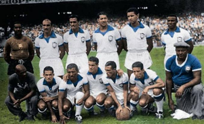 ĐT Brazil trong màu áo trắng dự World Cup 1950 trên sân nhà