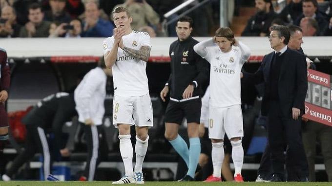 Kroos và Modric giờ phải cạnh tranh nhau 1 suất đá chính tại Real