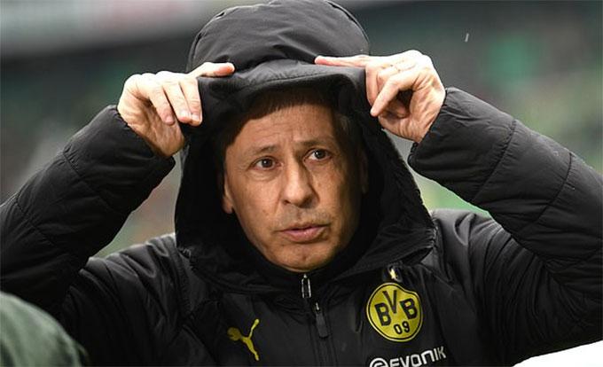 HLV Favre đang cân nhắc khả năng đưa Moukoko lên đội 1 Dortmund