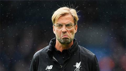 Cựu sao Arsenal khiến fan Liverpool tức điên khi nói về chức vô địch Premier League