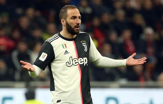 3. Gonzalo Higuain (Juventus) lương 7,5 triệu euro/năm: - 2,25 triệu euro