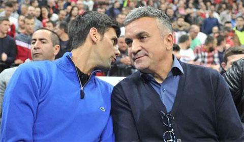 Ông Srdjan Djokovic và con trai Novak