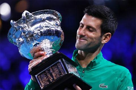 Djokovic có Grand Slam thứ 17 sauchức vô địch Australian Open 2020