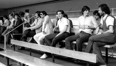 Albertosi, Manfredonia, Rossi và Zacchini (từ phải qua)  là 4 trong nhiều cầu thủ bị phạt