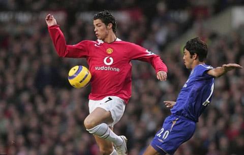 Ronaldo và Paulo Ferreira là đối thủ nhau thời điểm còn thi đấu ở Ngoại hạng Anh
