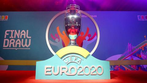 """UEFA xấu mặt vì tweet """"lỗi"""" liên quan tới VCK EURO"""