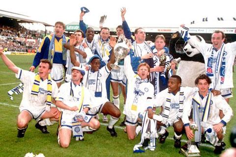 Các cầu thủ Leeds ăn mừng chức vô địch bóng đáAnh mùa giải 1991/92