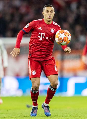Khả năng công - thủ toàn diện của Thiago giúp Bayern vận hành trơn tru hơn