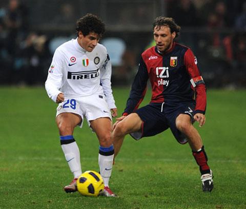 Coutinho có thể trở lại khoác áo Inter như cách đây 7 năm (trái)