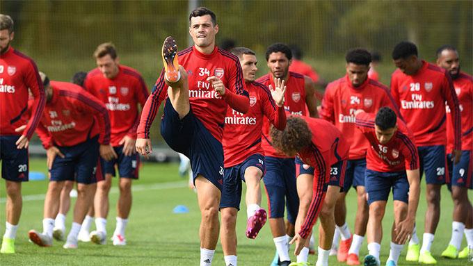 Nhiều cầu thủ Arsenal bị cách ly vì Covid-19
