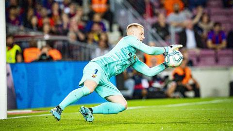Bayern ngáng chân Barca gia hạn với Ter Stegen