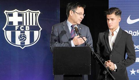 Coutinho (phải) là một trong những bản hợp đồng thất bại của Barca dưới triều đại chủ tịch Bartomeu