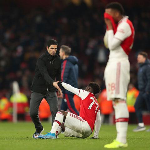 Arsenal đối mặt nguy cơ mùa giải thứ 4 liên tiếp không có vé dự Champions League