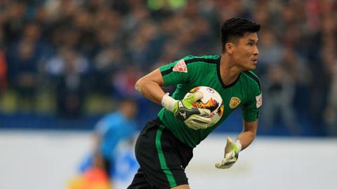 Xuân Việt (36 tuổi),  là cầu thủ lớn tuổi nhất được đăng ký thi đấu ở giai đoạn 1 V.League 2020 Ảnh: ĐỨC CƯỜNG
