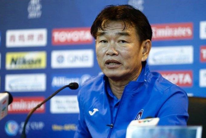 HLV Phan Thanh Hùng cho rằng thời điểm này khoan bàn đến việc tổ chức giải đấu