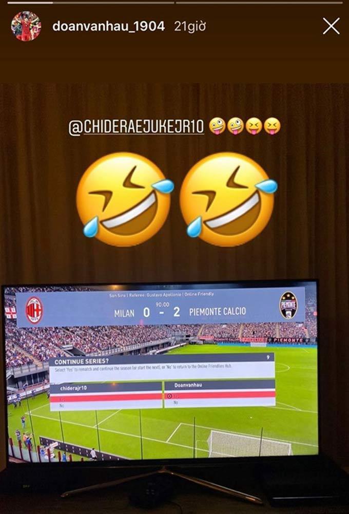 Văn Hậu đánh bại đồng đội ở Heerenveen