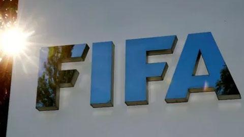 FIFA yêu cầu cầu thủ giảm 50% lương vì đại dịch Covid-19