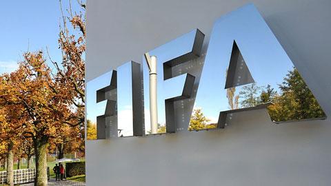 FIFA đang đề xuất phương án kéo dài thị trường chuyển nhượng Hè đến ngày 31/12 để các đội bóng có thời gian mua sắm