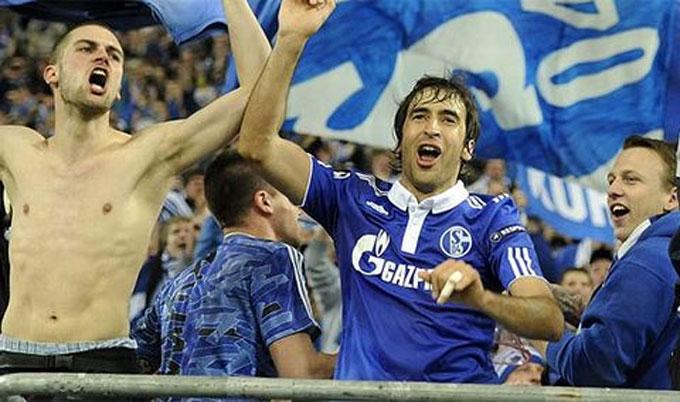 Raul và chiến công hiển hách cùng Schalke tại Champions League