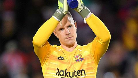 """Chuyện thật như đùa: Barca đang sở hữu thủ môn """"chẳng biết gì về bóng đá"""""""