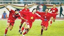Trận đấu để đời của Văn Quyến trong màu áo ĐT Việt Nam