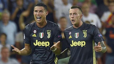 Ronaldo phải mua iMac để chuộc lỗi với đồng đội tại Juventus