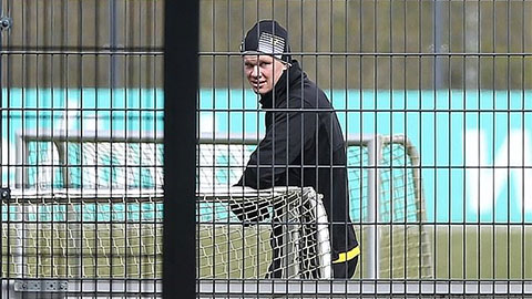 Vượt qua nỗi sợ Covid-19, Dortmund trở lại tập luyện