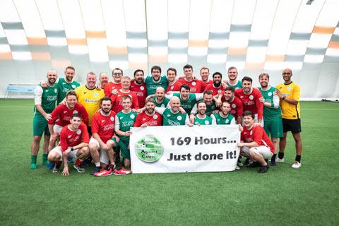 Một trận đấu từ thiện ở Xứ Wales đã kéo dài tới 169 tiếng đồng hồ nhưng không phải liên tục