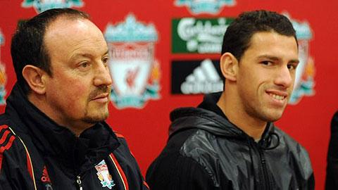 Maxi Rodriguez từng 'lừa' Benitez để được gia nhập Liverpool