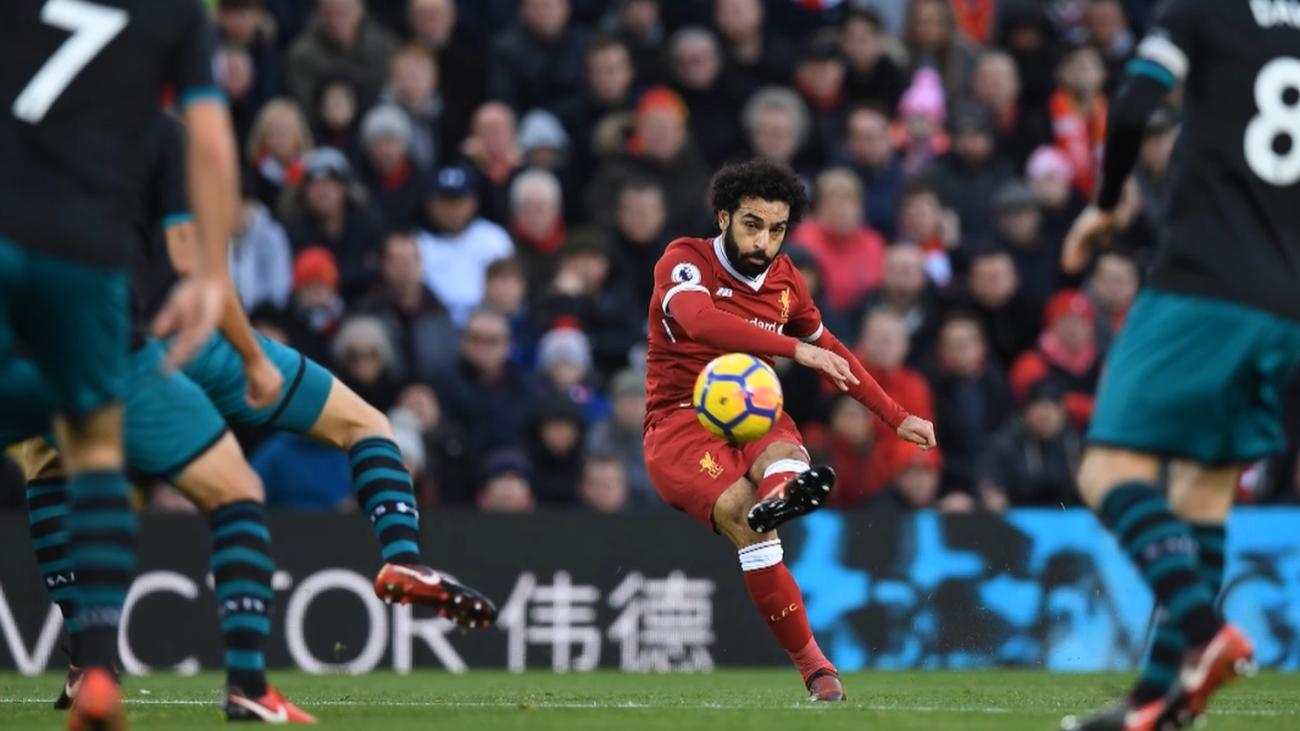 Salah thường ghi bàn bằng kèo trái