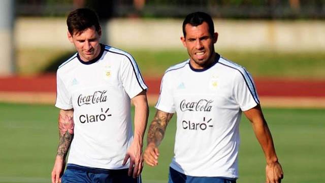 Messi và Tevez khi còn khoác áo ĐT Argentina