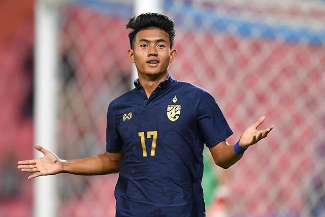 Suphanat đang là một trong những cầu thủ trẻ triển vọng nhất châu Á và bóng đá thế giới