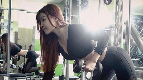 Bạn gái Văn Lâm hé lộ bí quyết tập ở nhà mà thân hình vẫn đẹp