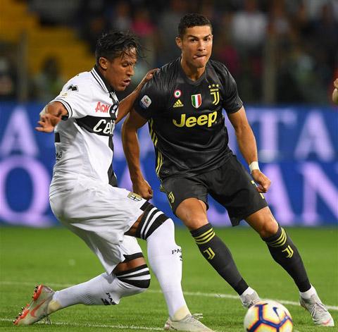 Bruno Alves học theo Ronaldo ở chế độ dinh dưỡng để duy trì thể lực
