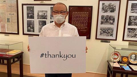 Thầy trò ông Park ủng hộ chiến dịch 'Xin cảm ơn' đẩy lùi Covid-19