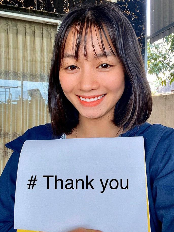 """Tuyển nữ Hoàng Thị Loan cùng các đồng đội cũng """"Xin cảm ơn"""" đến các bác sỹ đang ngày đêm chống dịch Covid-19"""