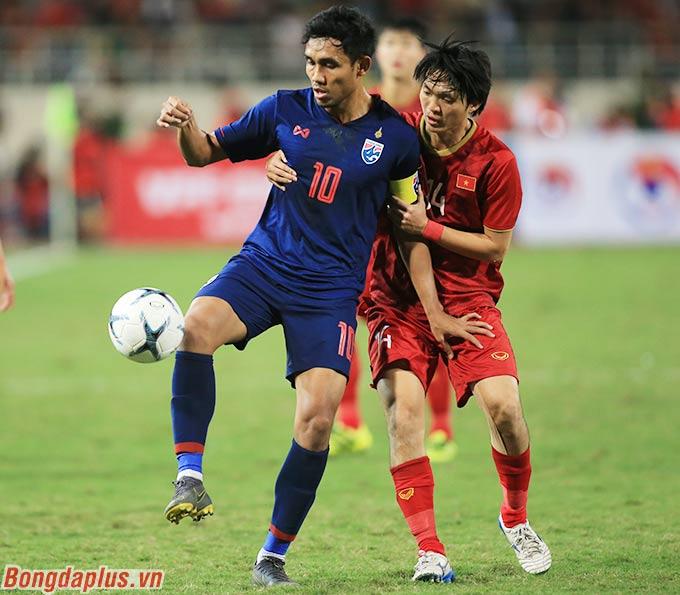 ĐT Thái Lan dưới thời Nishino bất phân thắng bại với Việt Nam của ông Park - Ảnh: Đức Cường