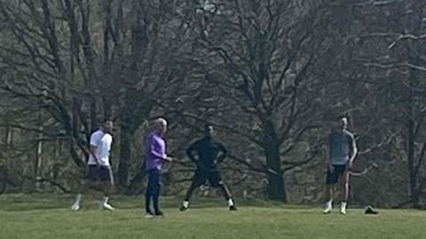 """Mourinho gặp rắc rối to vì tổ chức buổi """"huấn luyện đặc biệt"""""""