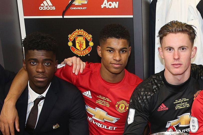 Tuanzebe, Rashford, và Henderson trong chiến thắng League Cup năm 2017