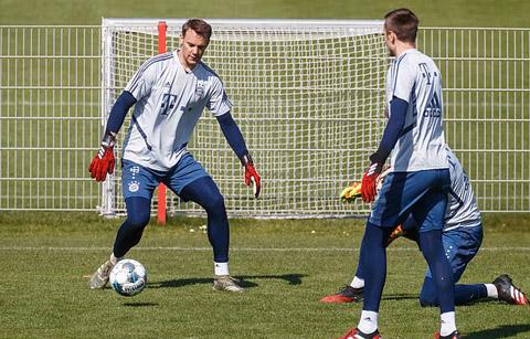 Neuer đòi hỏi thái quá với BLĐ Bayern